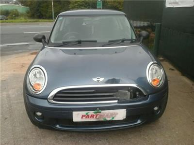 2010 MINI Mini 3 Door Hatchback