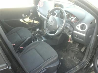 2010 Renault Clio 5 Door Hatchback