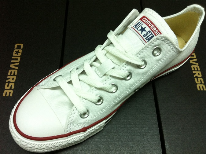 c0a22856c70f Converse Classic Chuck Taylor Low Trainer Sneaker All Star OX NEW ...