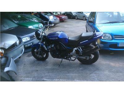 2000 YAMAHA FZR MOTORBIKE FZS600