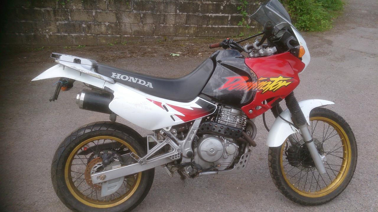 HONDA NT650