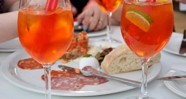 Good and Bad PR: Cheers to Aperol, no cheers for split condoms!