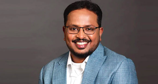 Apple picks Anand Subramanian as lead corporate communications for India