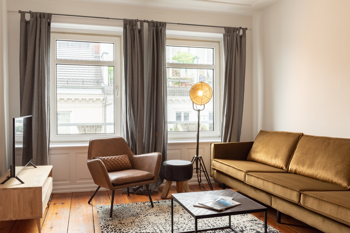 High Quality Furnished 2 Bedroom Apartment Near The Alster Insta Immo