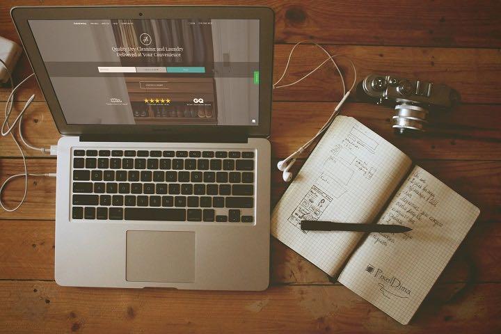 ihateironing on a laptop
