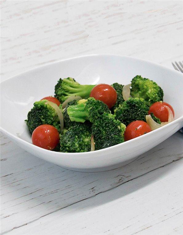 Brócoli al vapor con Langostinos, Tahina y Limón