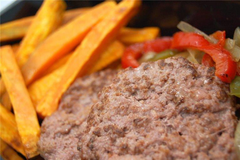 Hamburguesa de ternera con boniato y verduras (G5)