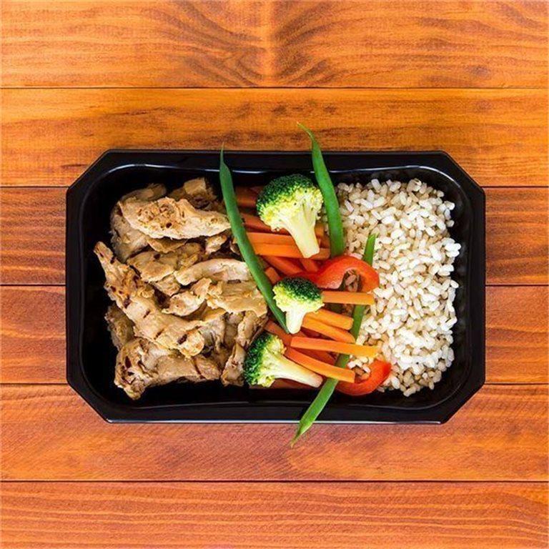 Heura mediterráneo con arroz integral y vegetales