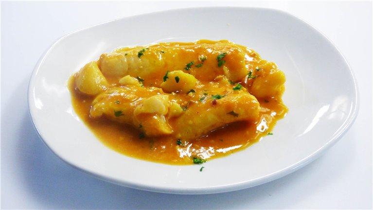 Merluza en Suquet con Patatas