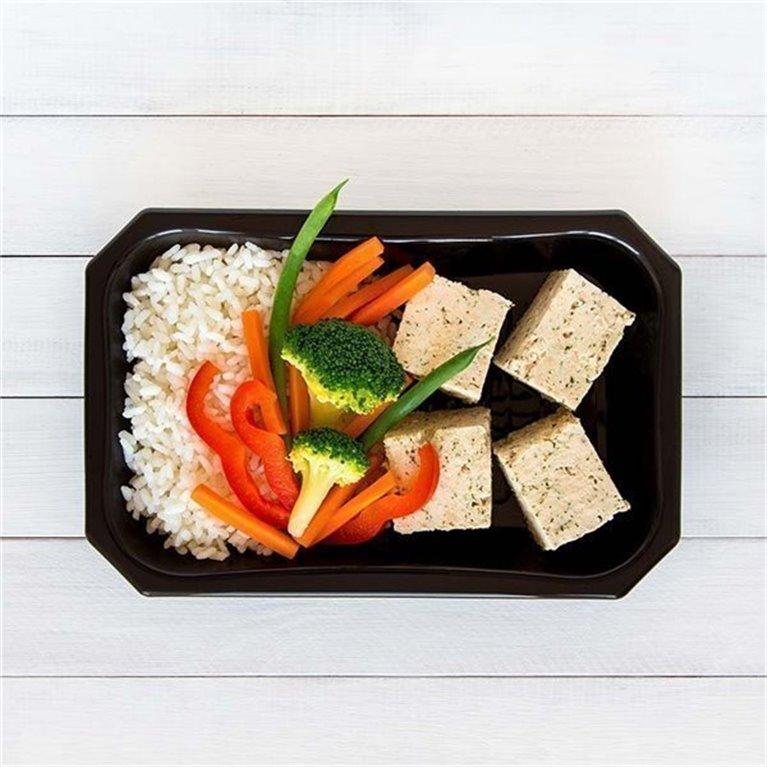 Pavo con arroz y vegetales
