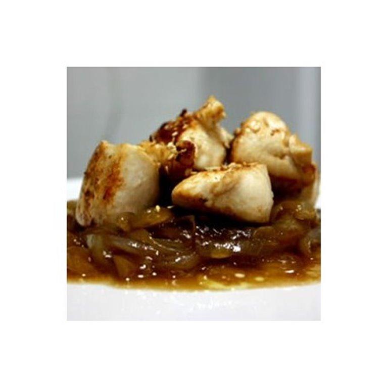 Pechuga de Pollo al Estragón con Cebolla Caramelizada