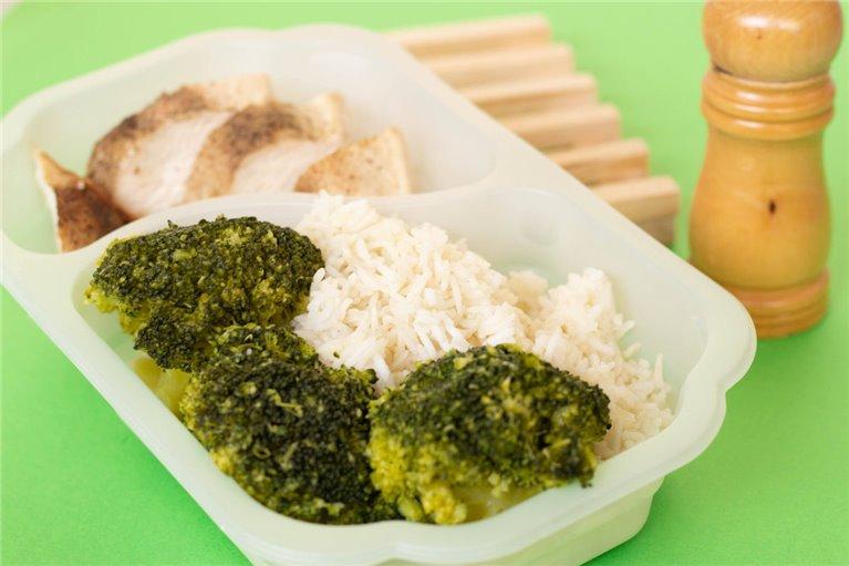 Pechuga de pollo con arroz y brócoli (G2)