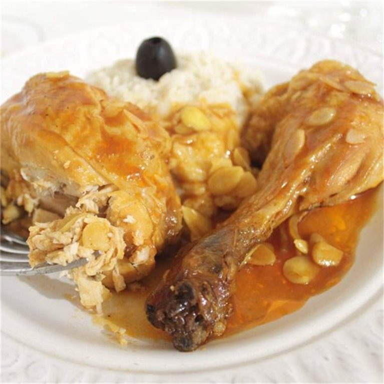Pollo a la almendra