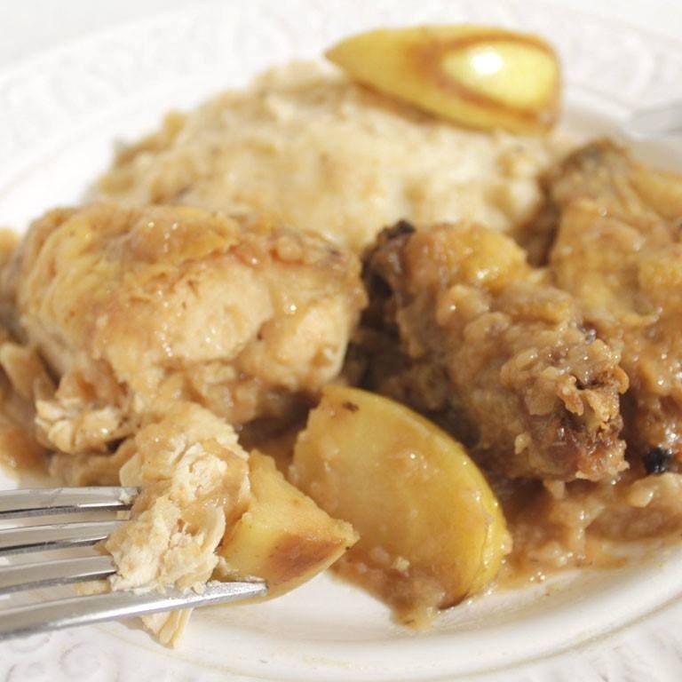 Pollo a la manzana