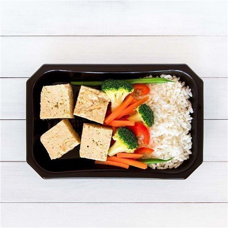 Pollo con arroz y vegetales