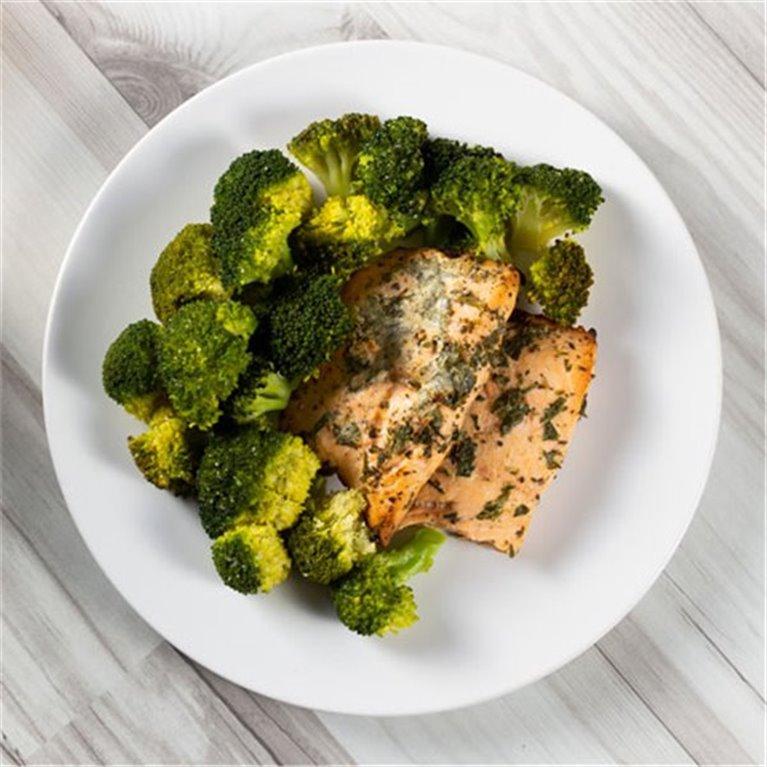 Salmón con brócoli