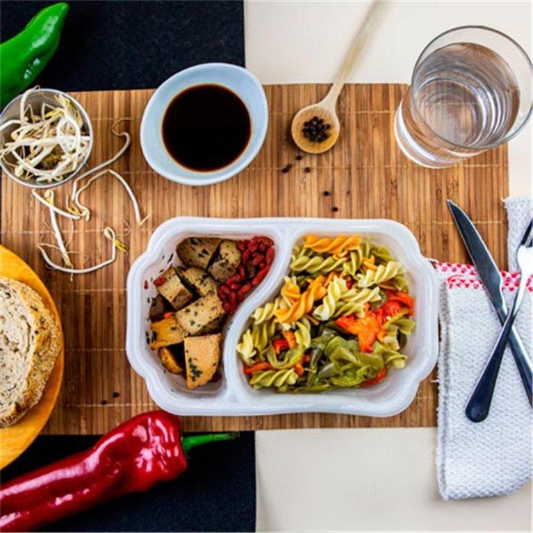 Seitan con pasta integral y bayas goji