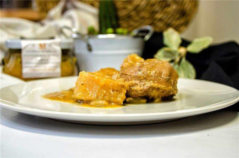 Solomillo de cerdo relleno de boletus al aroma de trufa