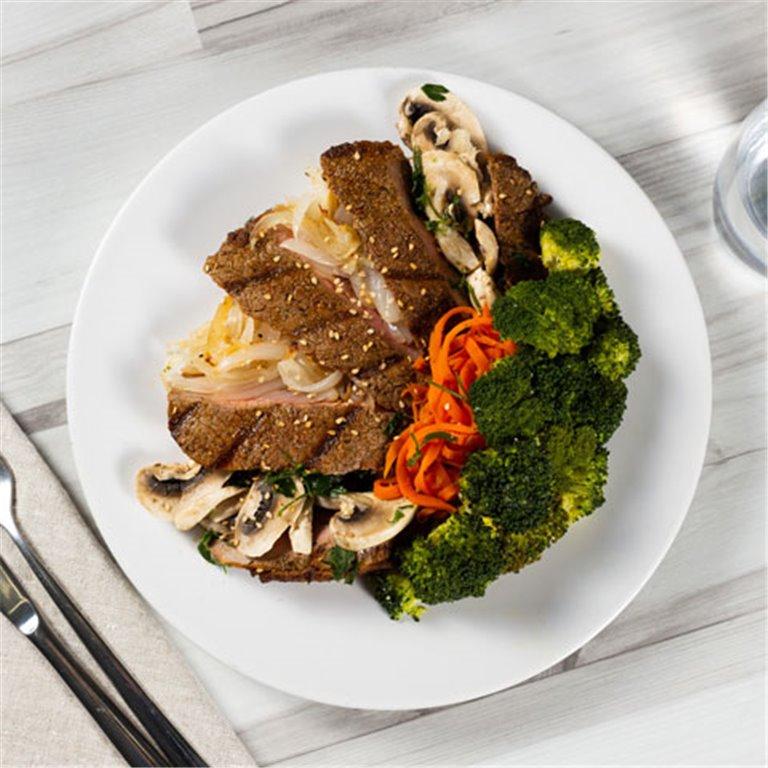 Teppanyaki steak con verduras