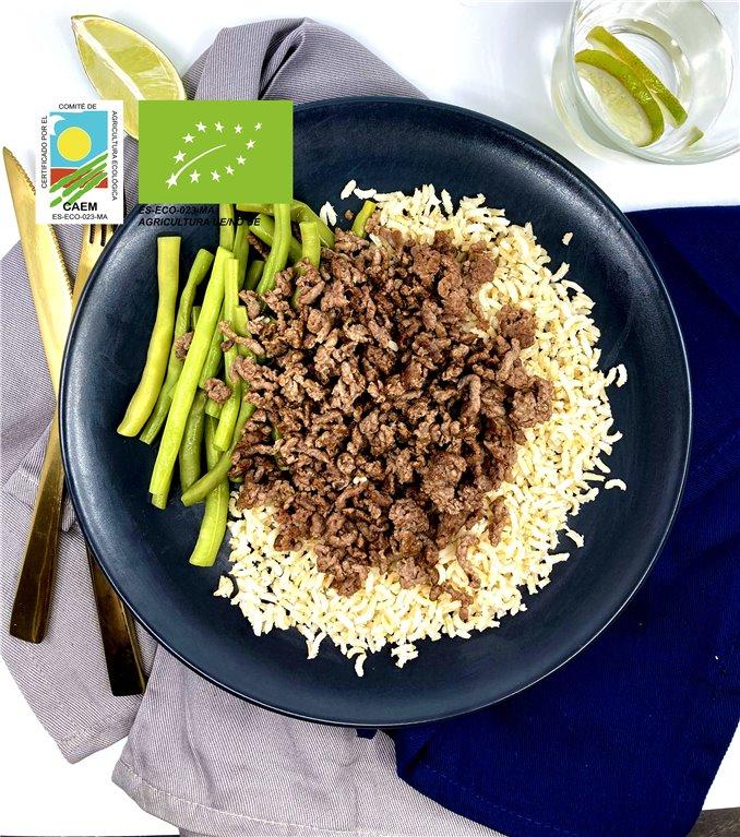 Ternera avileña con arroz integral y verduras de temporada