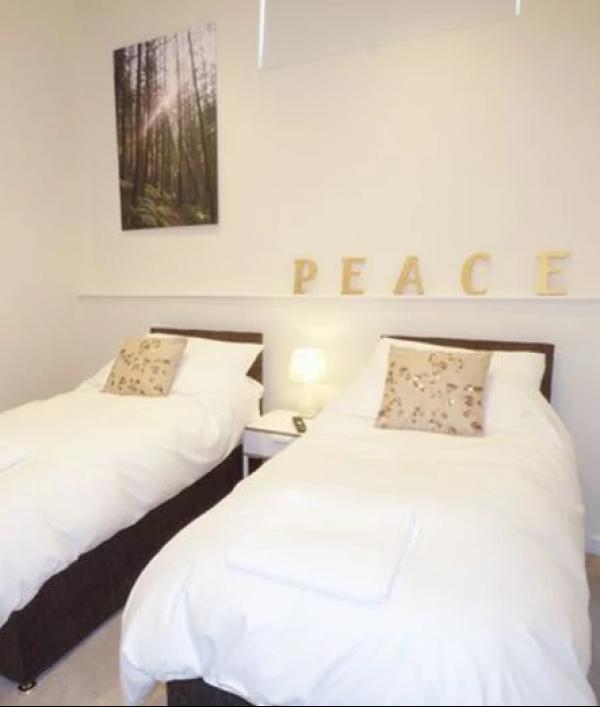 a-luxury-devon-cottage-break-25305.png