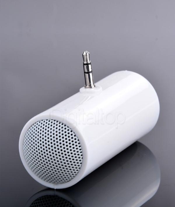 3.5mm-portable-speaker!-7523.png