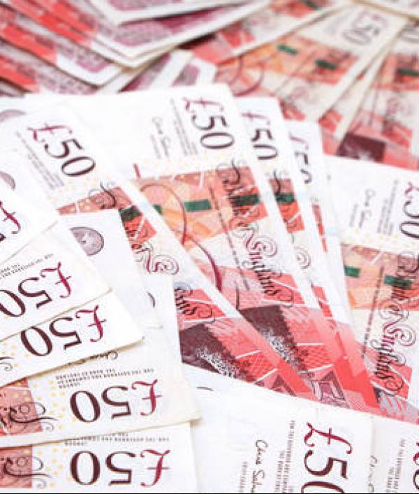 £250-cash--28132.png