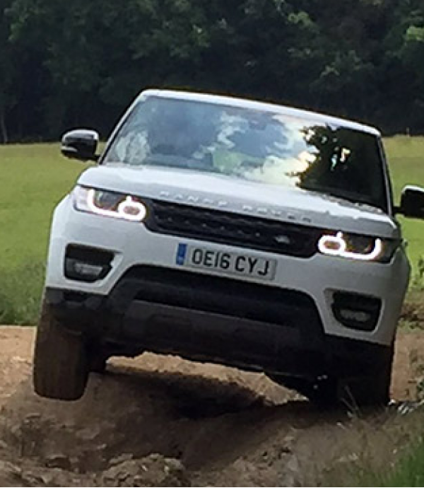 charity-land-rover-experience--32513.png