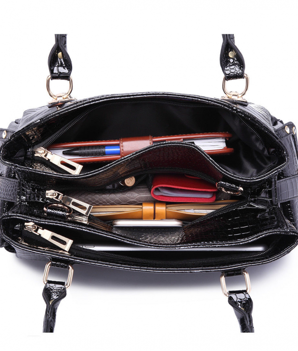 black-stylish-women-handbag--17605.png