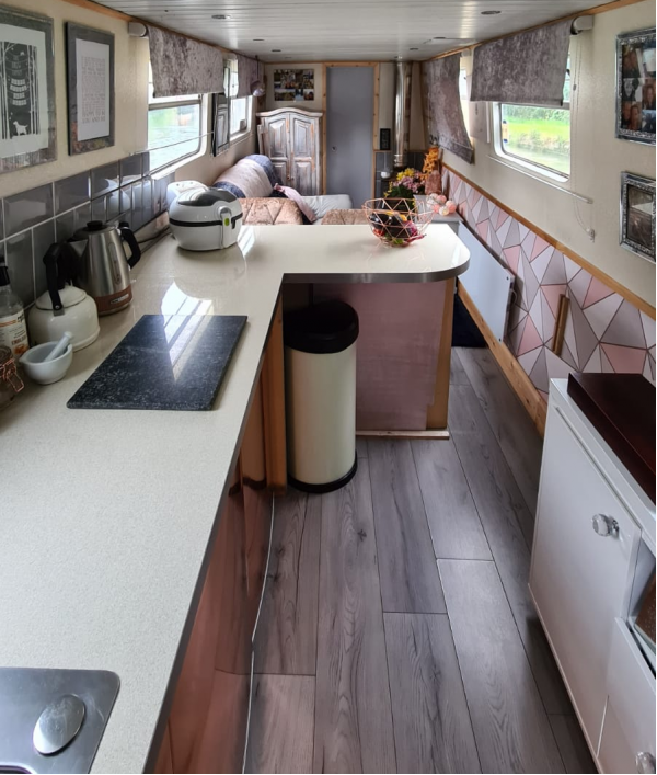 win-our-narrowboat-home-47422.png