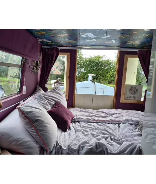 win-our-narrowboat-home-47427.png