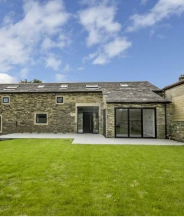 stunning-barn-conversion-47152.png