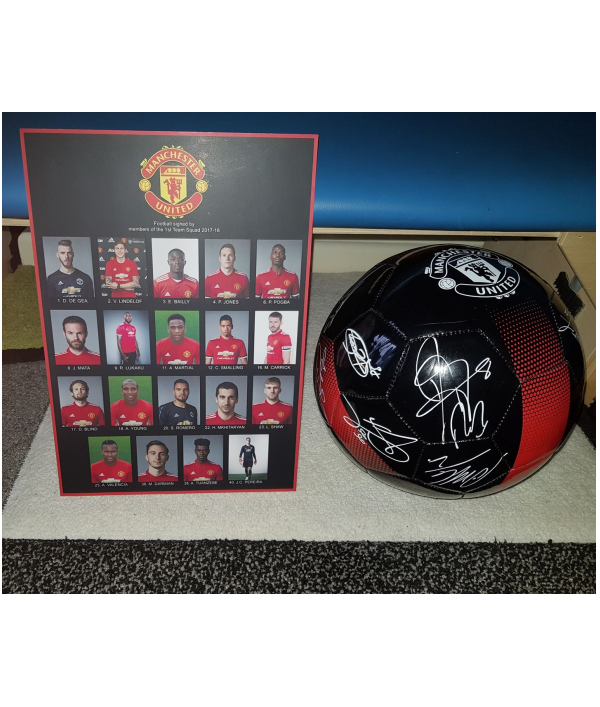 manchester-utd-signed-football-15558.png