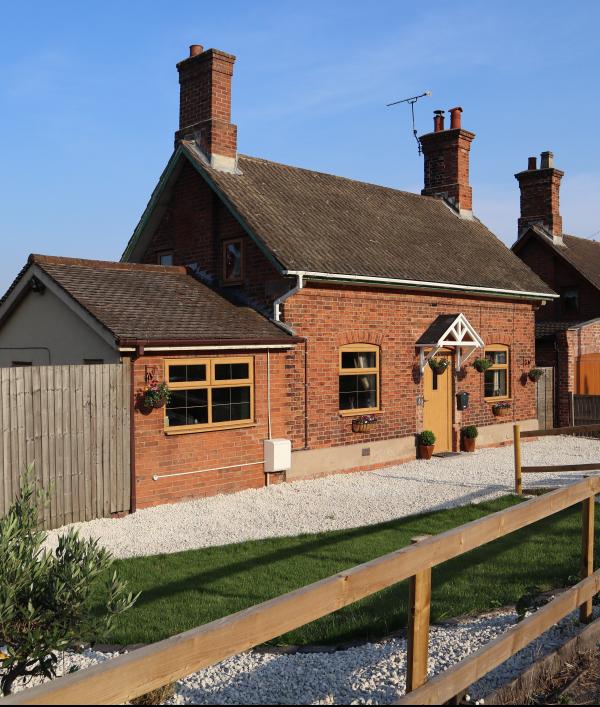 detached-cottage---nottingham!-52097.png