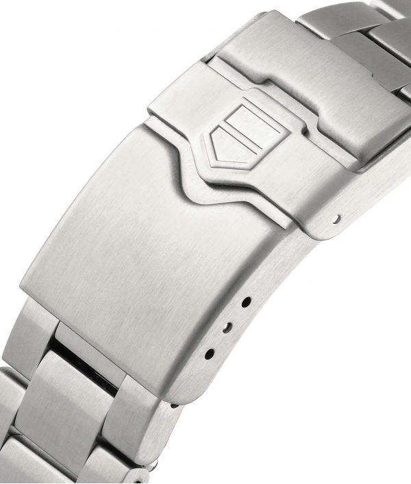 a-tag-heuer-formula-1-watch-62046.png