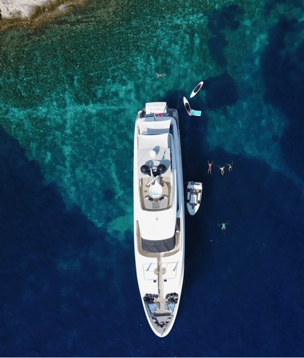 luxury-super-yacht-vacation-33709.png