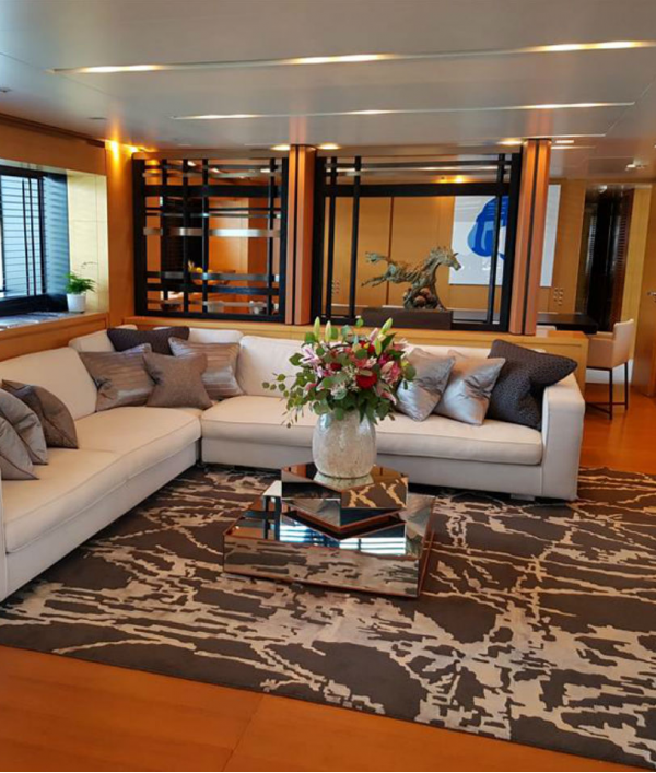 luxury-super-yacht-vacation-33713.png
