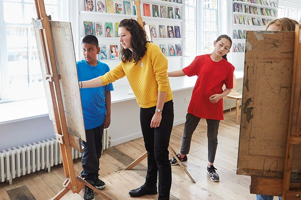 Drawing Clubs for young artists