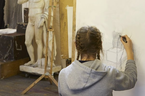 Life Drawing for Young Artists