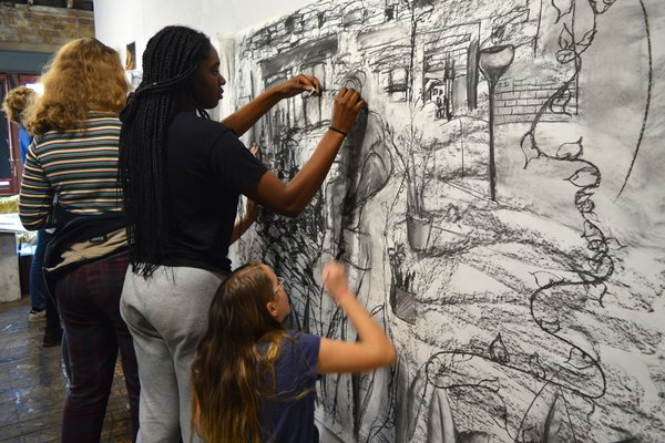 Adventures in Drawing / Young Artists Summer School