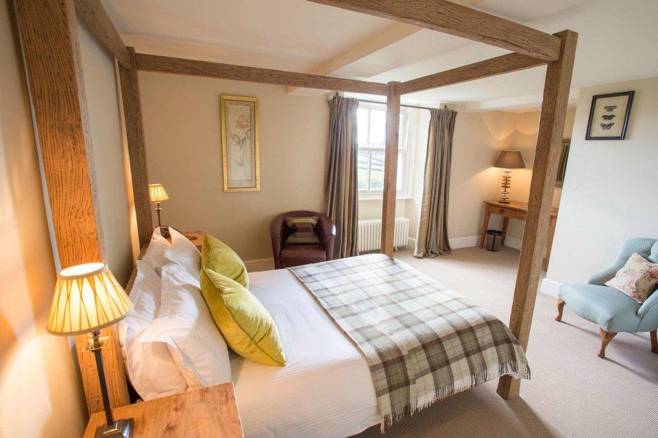Classic Room Overnight Stay & Breakfast