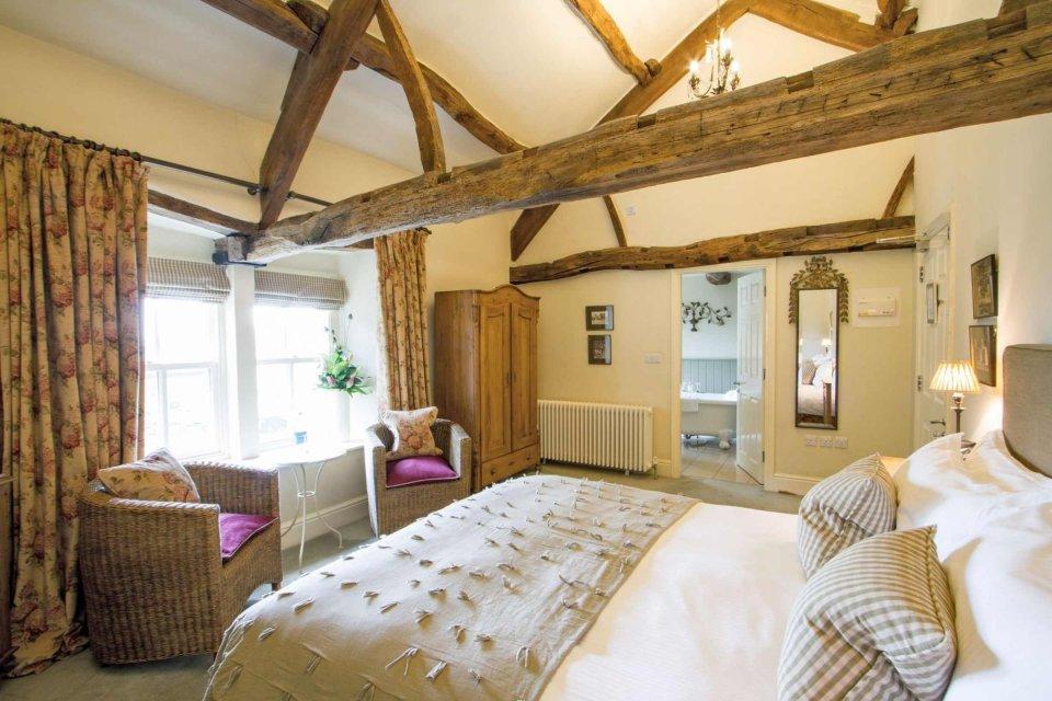 Superior Room Overnight Stay & Breakfast
