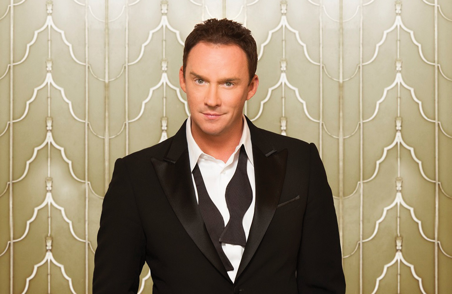 Russell Watson talks Nessun Dorma, playing tennis, turning 50, new albums and dream duets