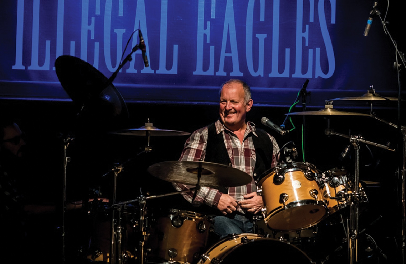 We interview founder and band member of the Illegal Eagles, Phil Aldridge, on the Eagles, why he started the band and living Life in the Fast Lane