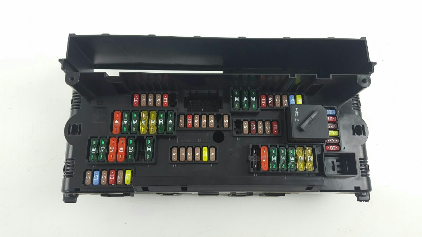 bmw 5 series 2013 on fuse box