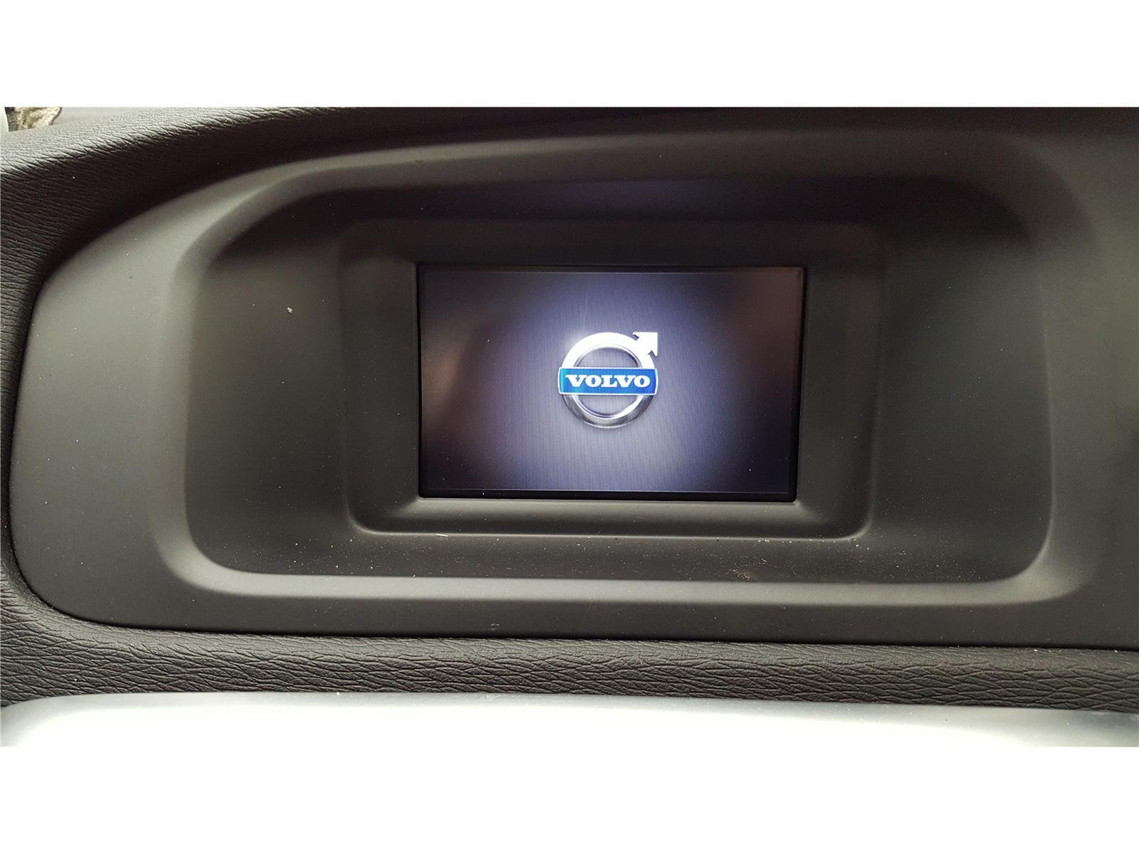 Volvo V40 2012 To 2016 Radio CD Player (Diesel / Manual) for sale
