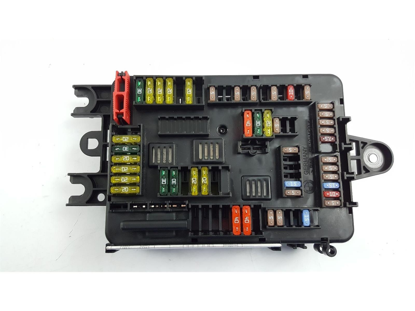2014 F31 BMW 3 Series 320d FUSE BOX 9337884-01