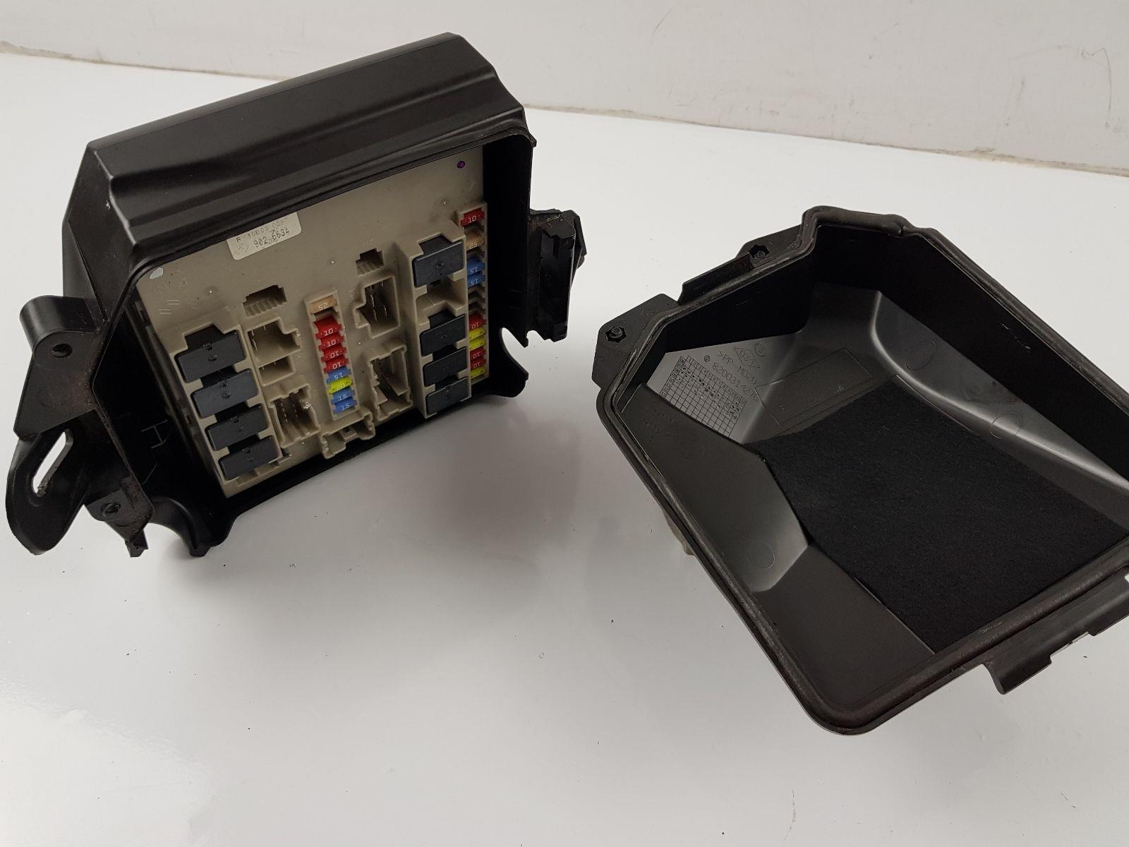 2009-2012 mk3 renault clio ph2 fuse box 8200314276
