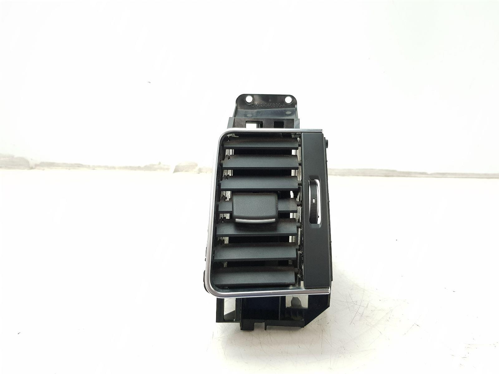 LAND ROVER MK2 (L494) 2013 TO 2013 Facia Vent RH