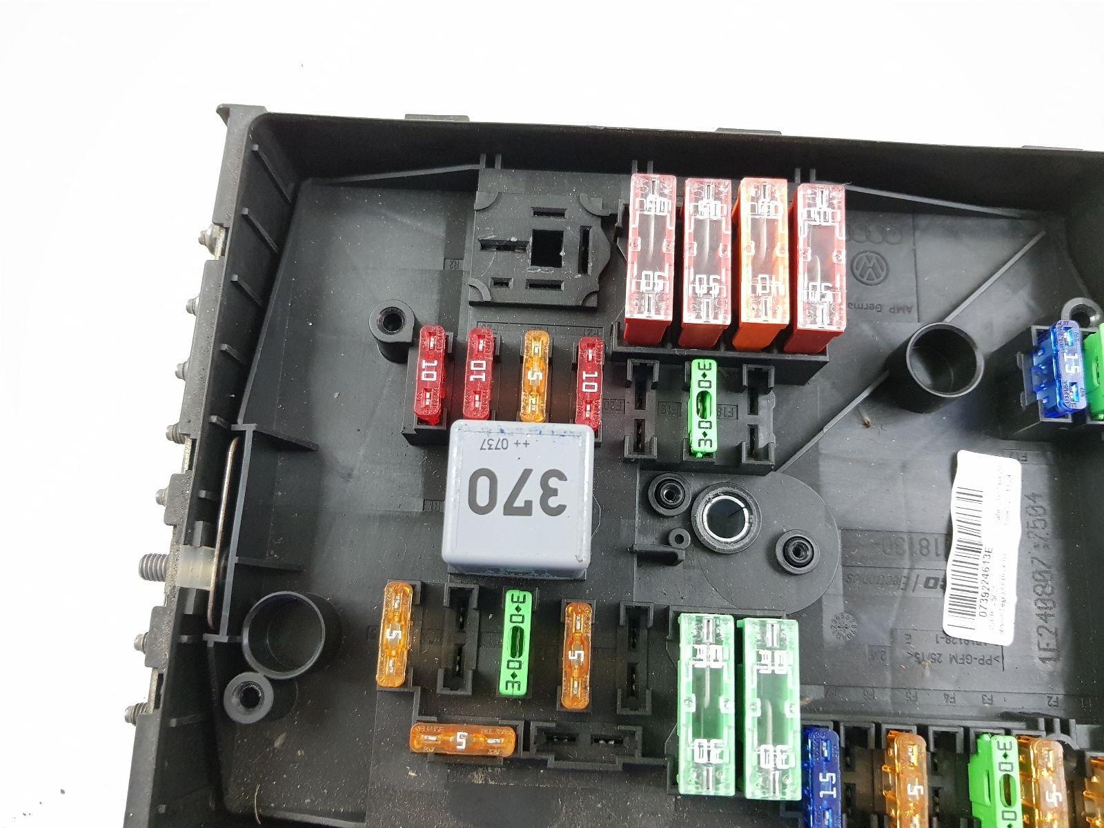 3 position fuse box 3 position fuse box e27 wiring diagram  3 position fuse box e27 wiring diagram